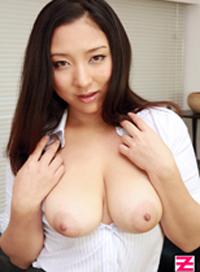 喜歡乳房喜歡的不得了!!~雖然菊花不錯但果然還是奶子